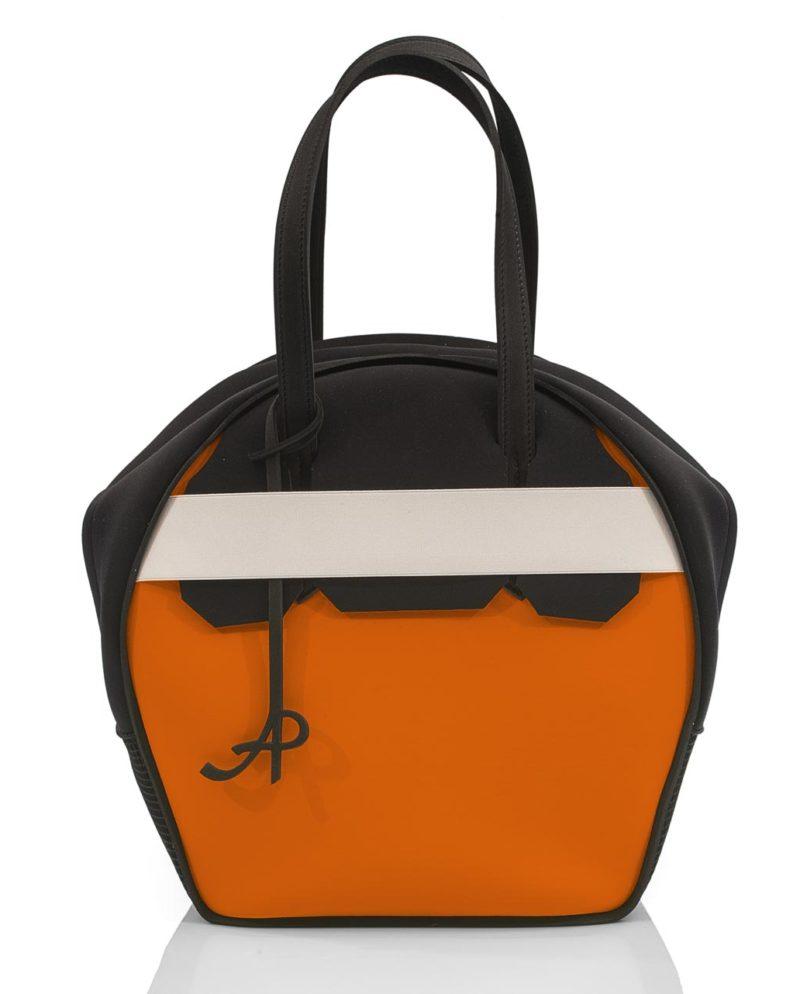 Chapelier, borsa da donna con inserti in rete, fascia elastica e zip. Un modello della linea NEON, collezione AP di ArtPelle