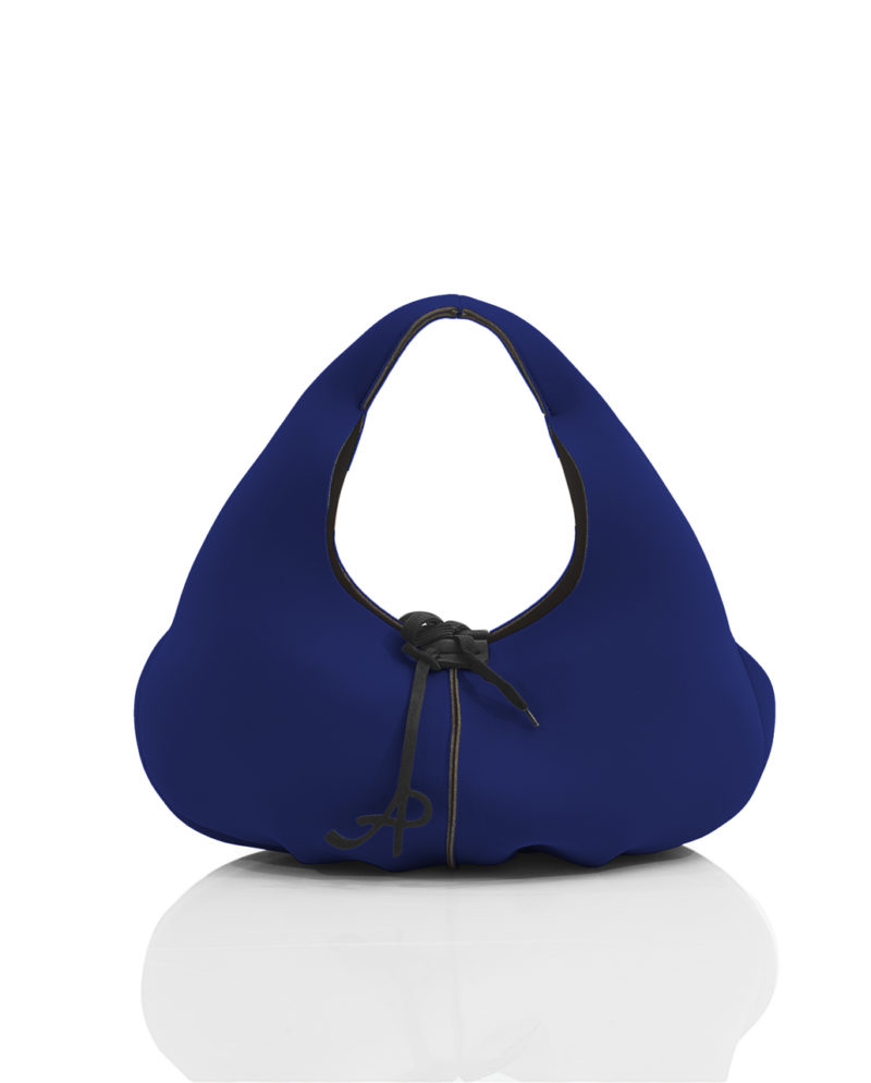 Folds is a women's handbag from the SOFT line - AP collection by Artpelle.