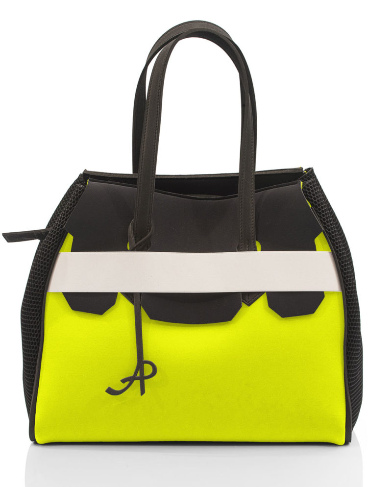 Borsa Shopper Neon donna con fascia elastica, rete e zip. Un modello della linea NEON, collezione AP di ArtPelle