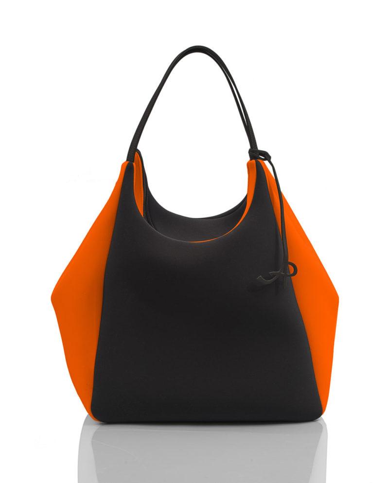 Big Square è una borsa da donna della linea SOFT, collezione AP di Artpelle
