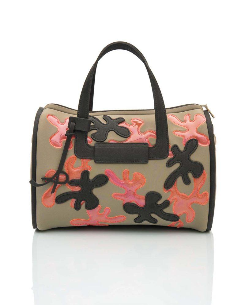 Bauletto è una borsa in materiale effetto neoprene della linea Truffle di AP bag - by Artpelle