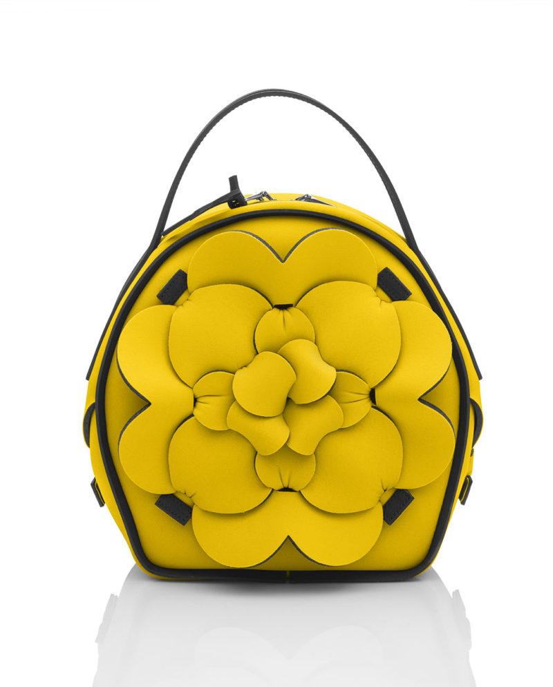 Chapelier small è una borsa da donna della linea DALÌ, collezione AP di ArtPelle
