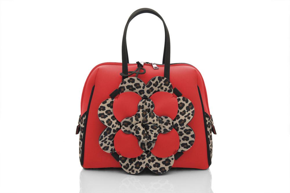 Bauloshopping è una borsa in materiale effetto neoprene della linea Dalì Léo di AP bag - by Artpelle